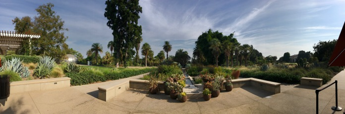 Panorama of The Huntington entry fountain