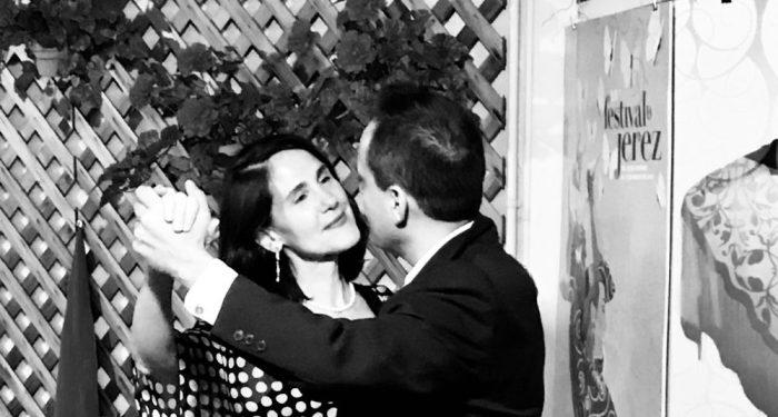 da-AL dances Argentine Tango with her honey