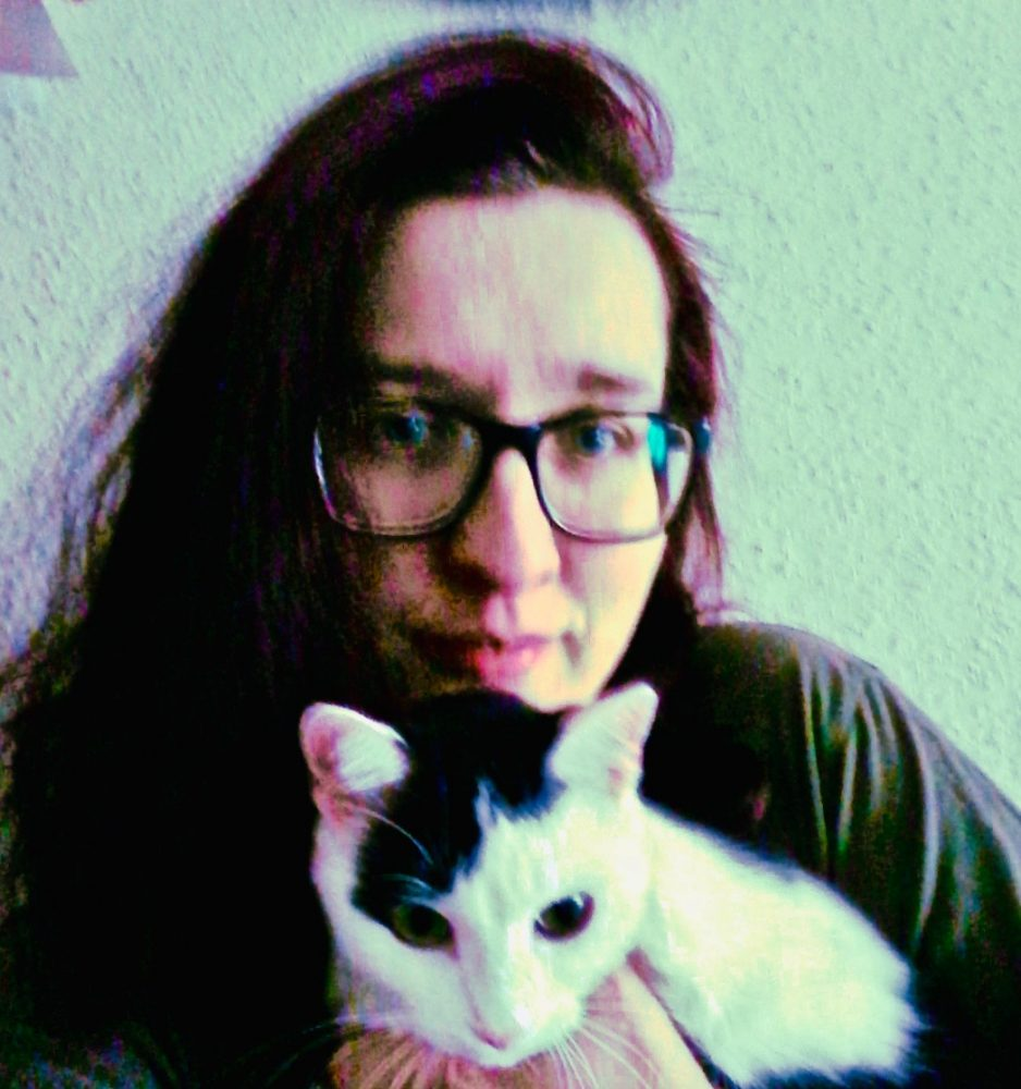 Author/blogger Rhiannon Brunner with her cat, Carry (big sister of kitten Maze).