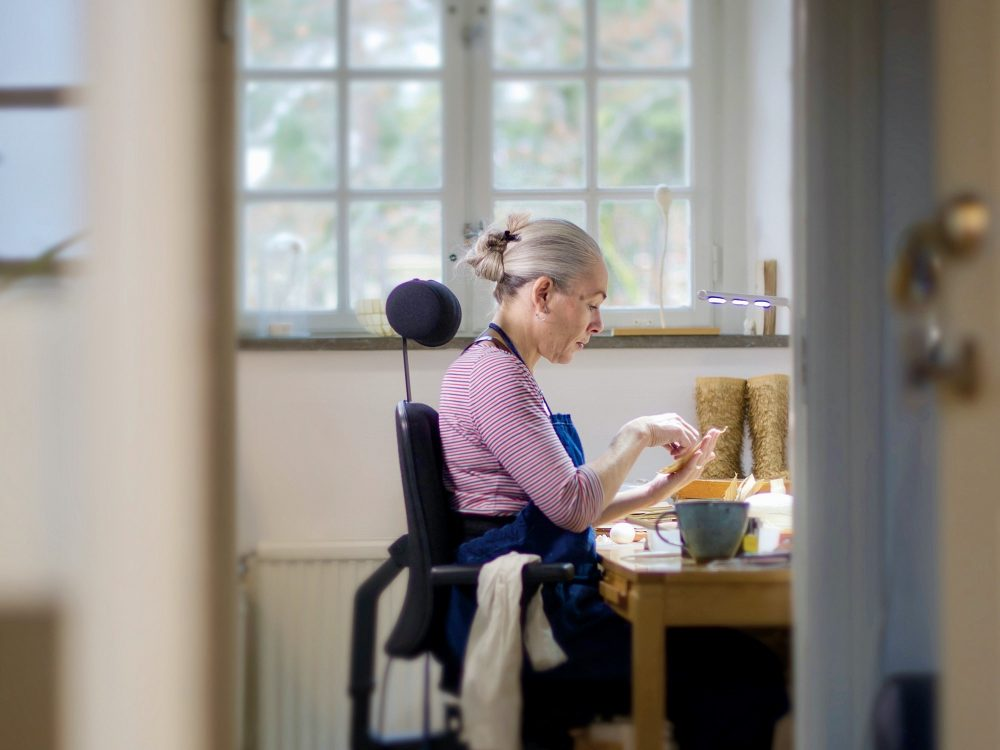 Cecilia Levy, artist, working in her studio, Ateljéföreningen Hospitalet in Uppsala, 2019. Photographer: Stewen Quigley.