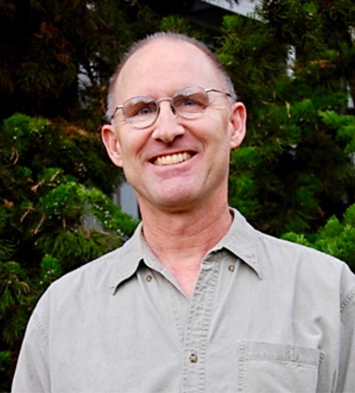 Photo of writer/filmmaker Gabriel Constans.
