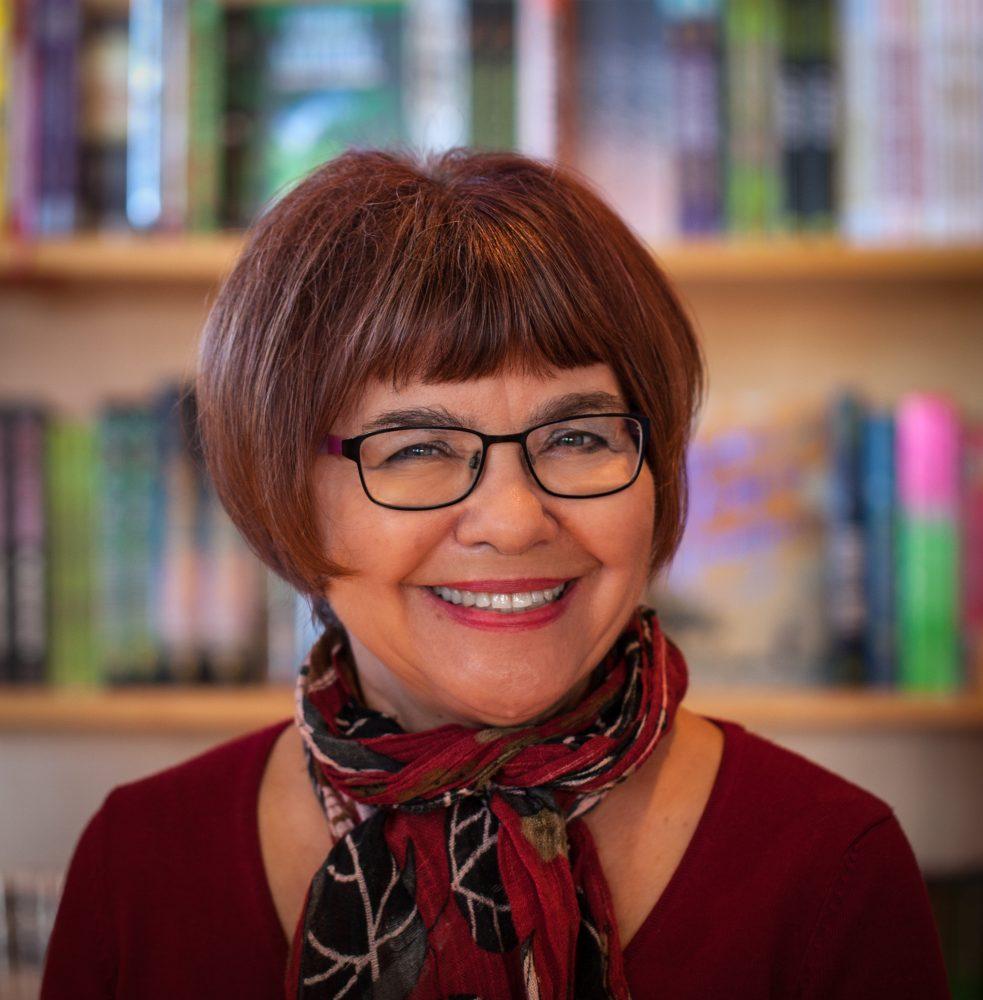Photo of author Darlene Foster.